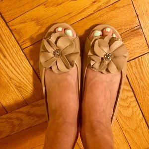 'Me Too' tan leather peep toe flats!